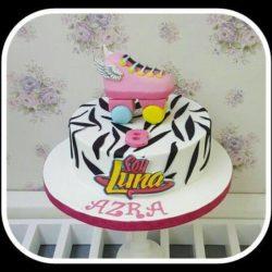 Azra's Geburtstagstorte:)