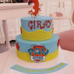 Giray ist 3 :)
